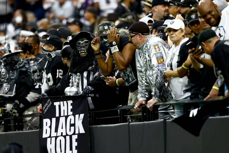Raiders fans cheers during the first quarter of an NFL football game against the Baltimore Rave ...